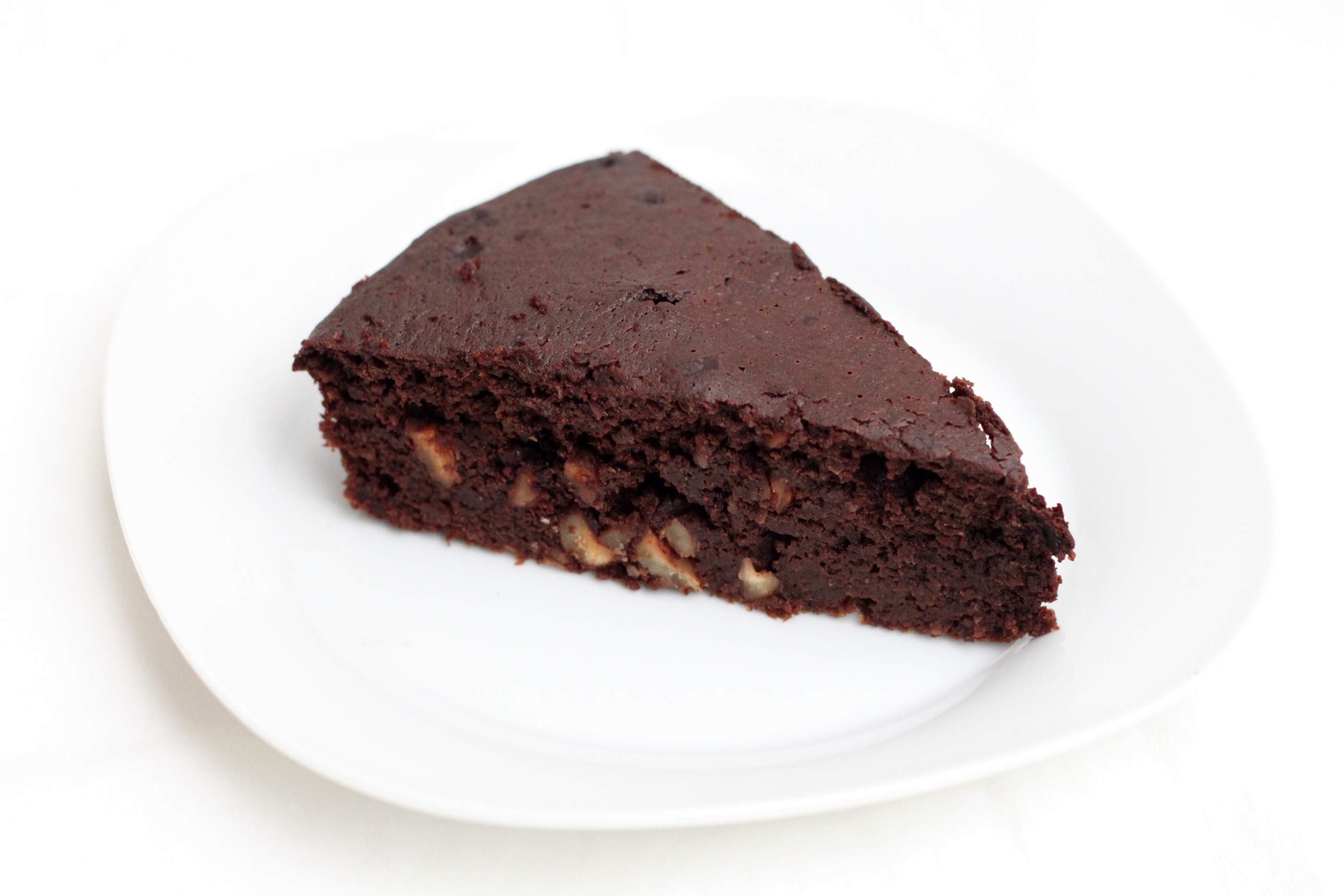 Nut and chocolate cake recipe