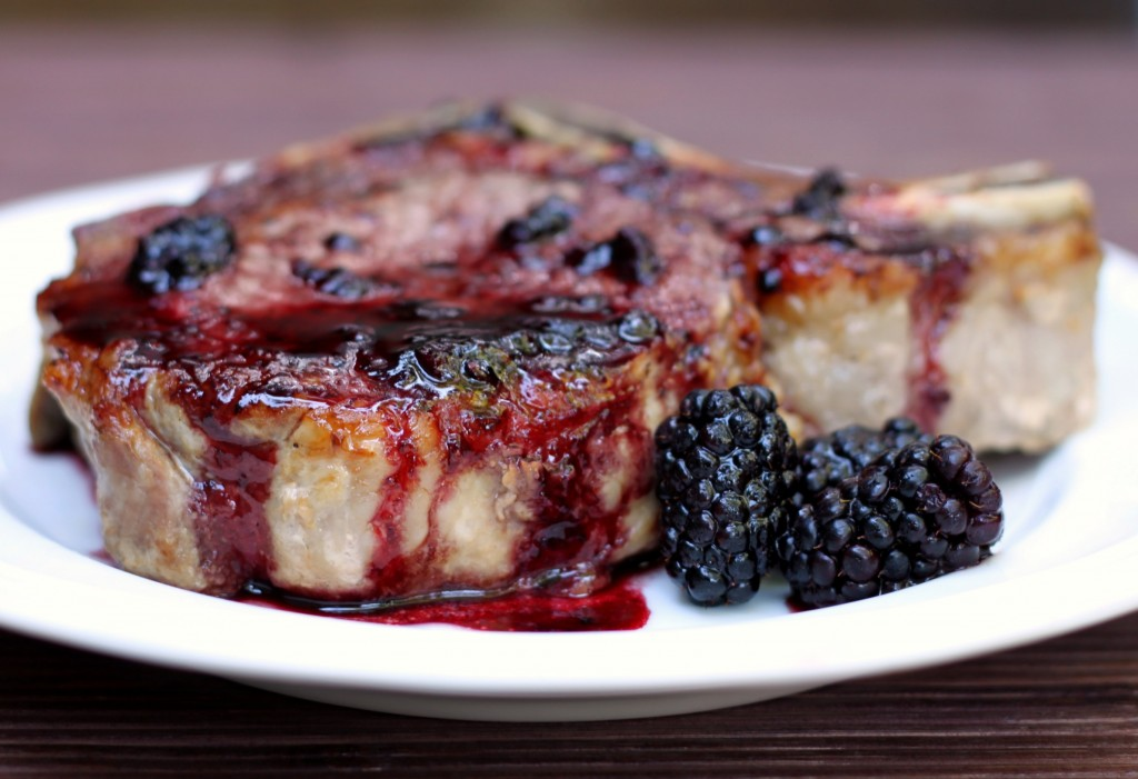 Recipe: Pork chops with blackberry sauce