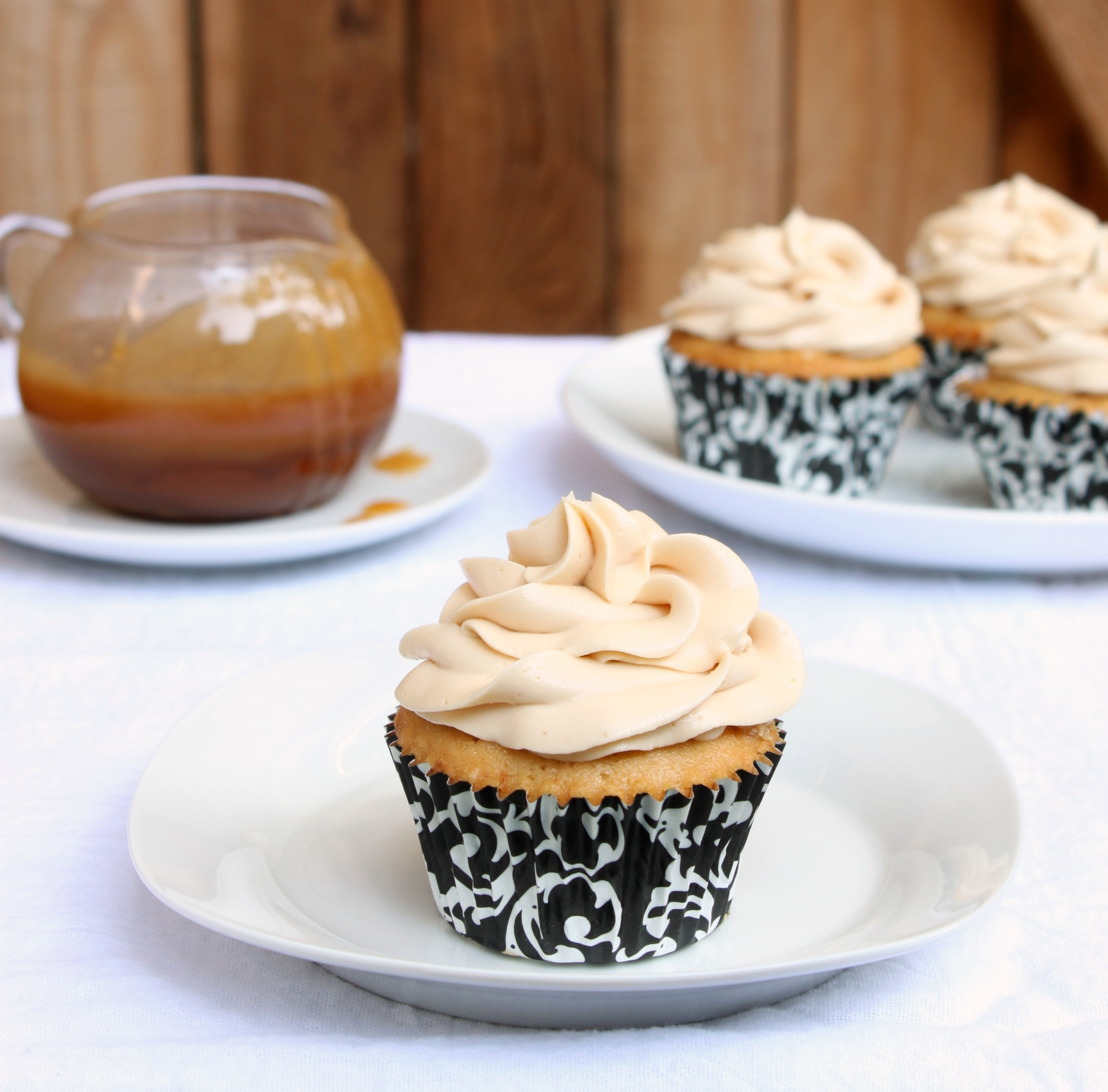 Salted caramel cupcakes 1 cropped