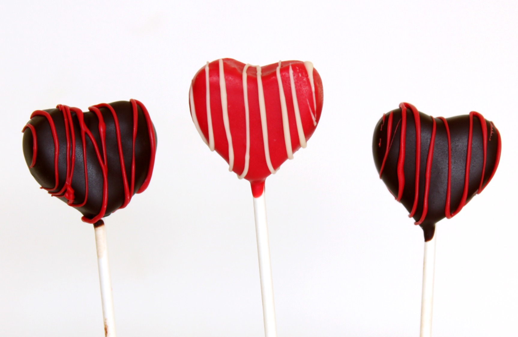Heart shaped cake pops up
