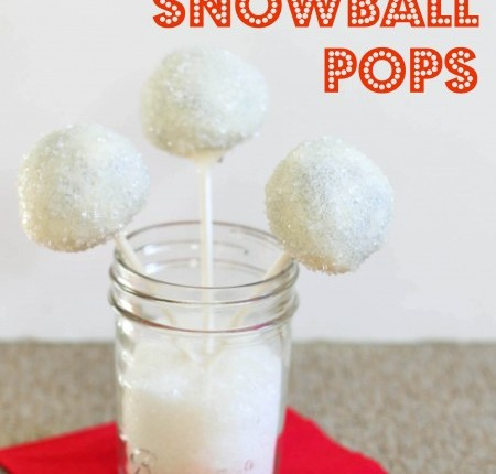 Peppermint-chocolate-snowball-cake-pops1-450x595