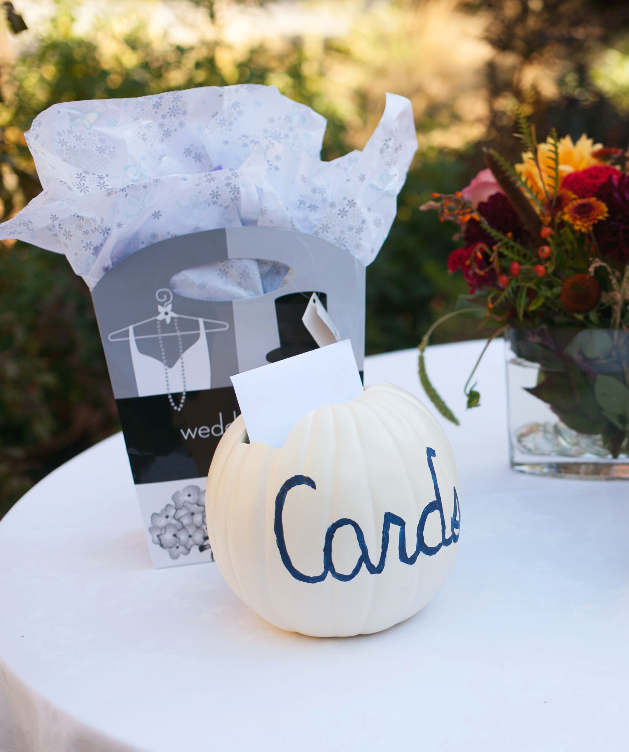 White pumpkin card box