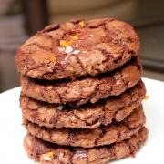 Molten Chocolate Chip Cookies